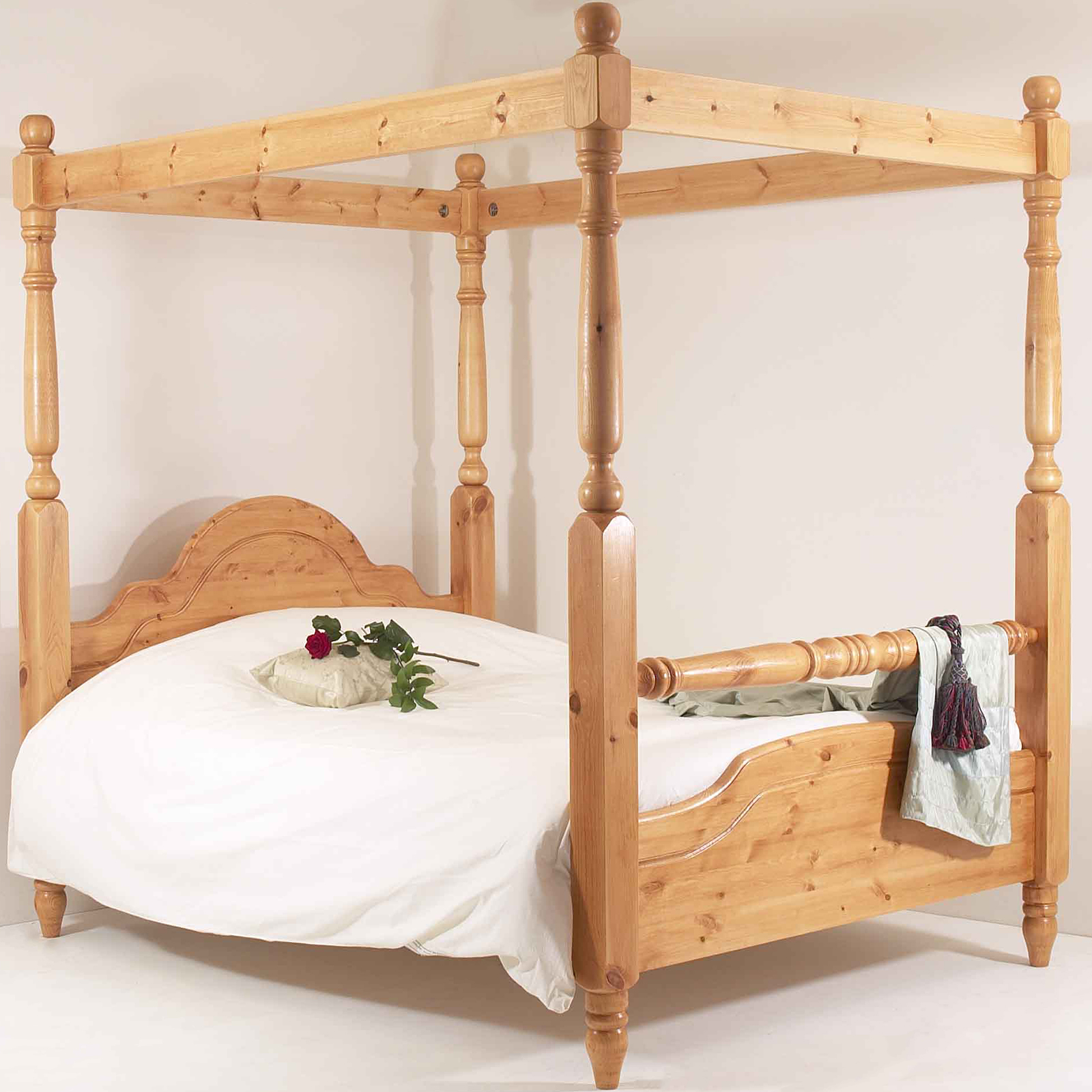How To Build A Four Poster Bed 4ft6 Double Bed Frame Solid Pine Rail Four Poster Ebay