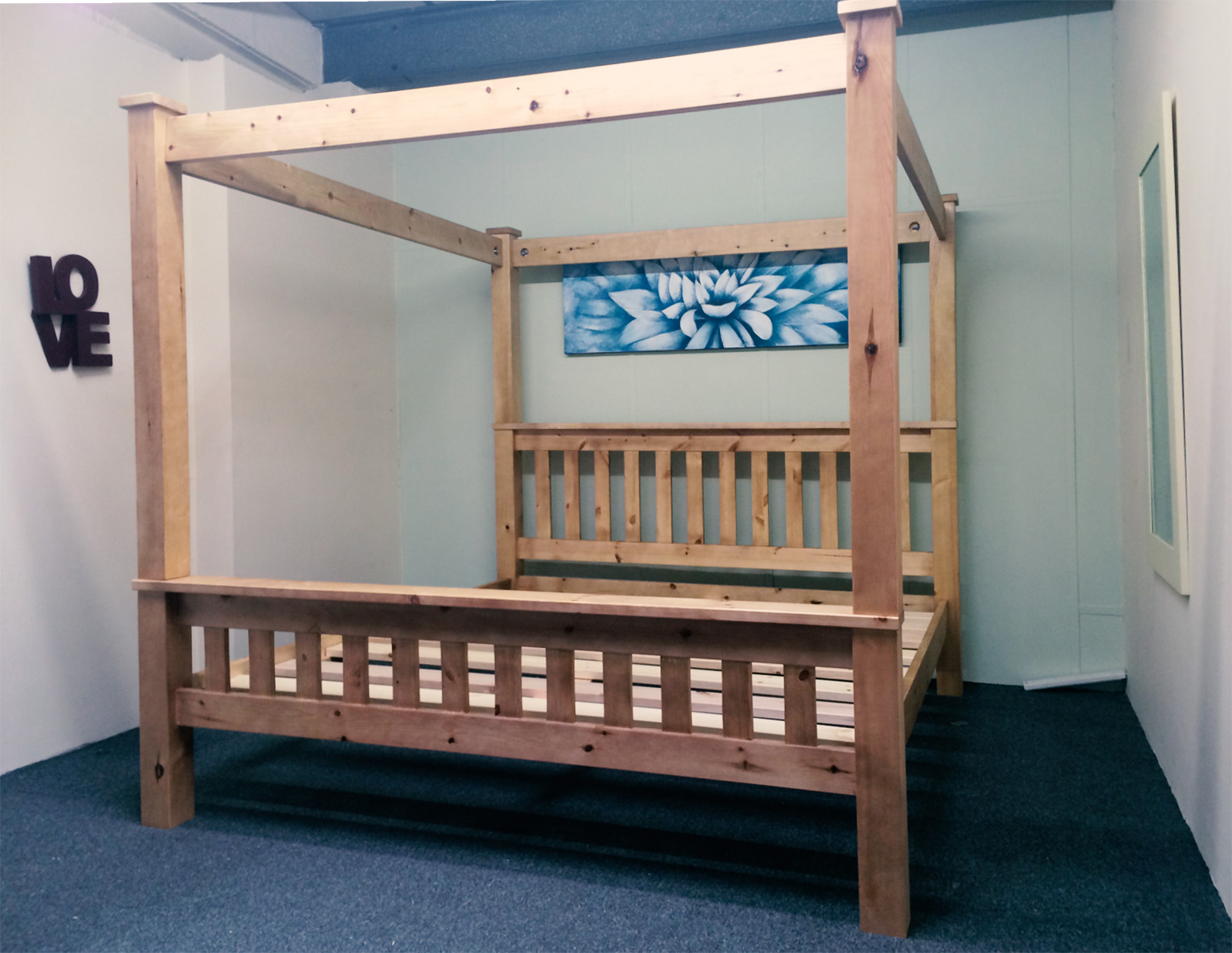 King Size Four Poster Bed Frame 5ft Kingsize Bed Frame Solid Pine Chunky Four Poster Ebay