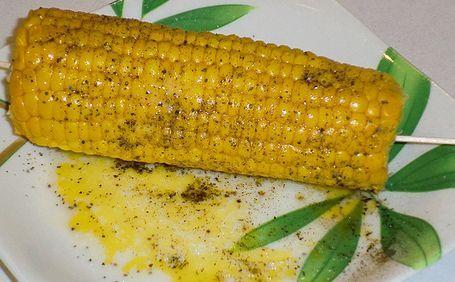 Mazorcas de maíz al microondas