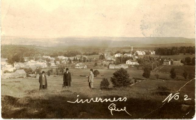 Vue du village d'Inverness vers 1901