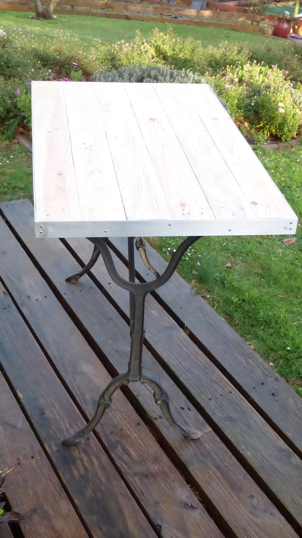 Table Bistrot Ronde Alu Table Bistrot Marbre Ronde Pied Fonte Good Mignon Table