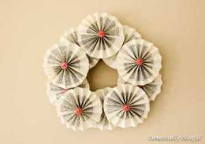 Rosette-Book-Wreath