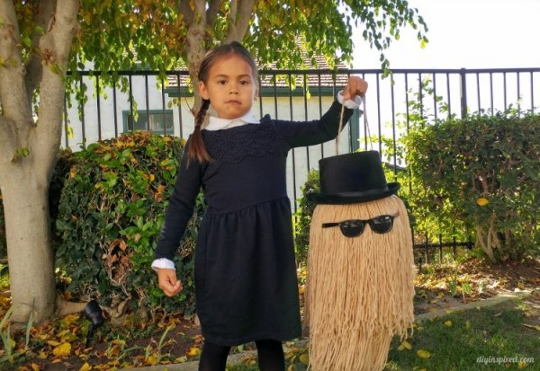 cousin-it-addams-family-halloween-trick-or-treat-pail