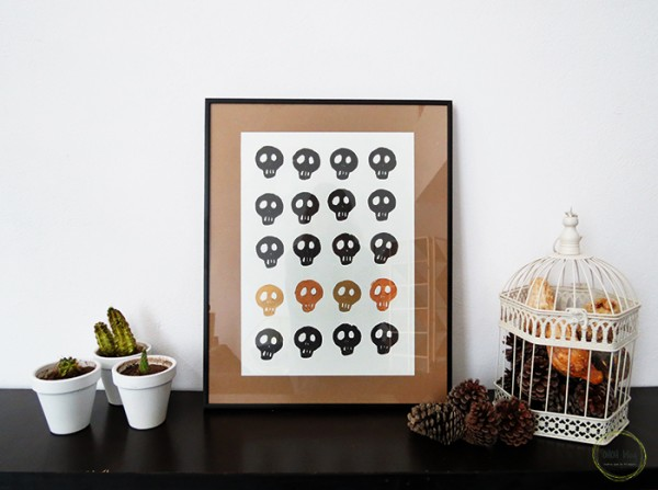 diy-skull-stamp-halloween-decor-1