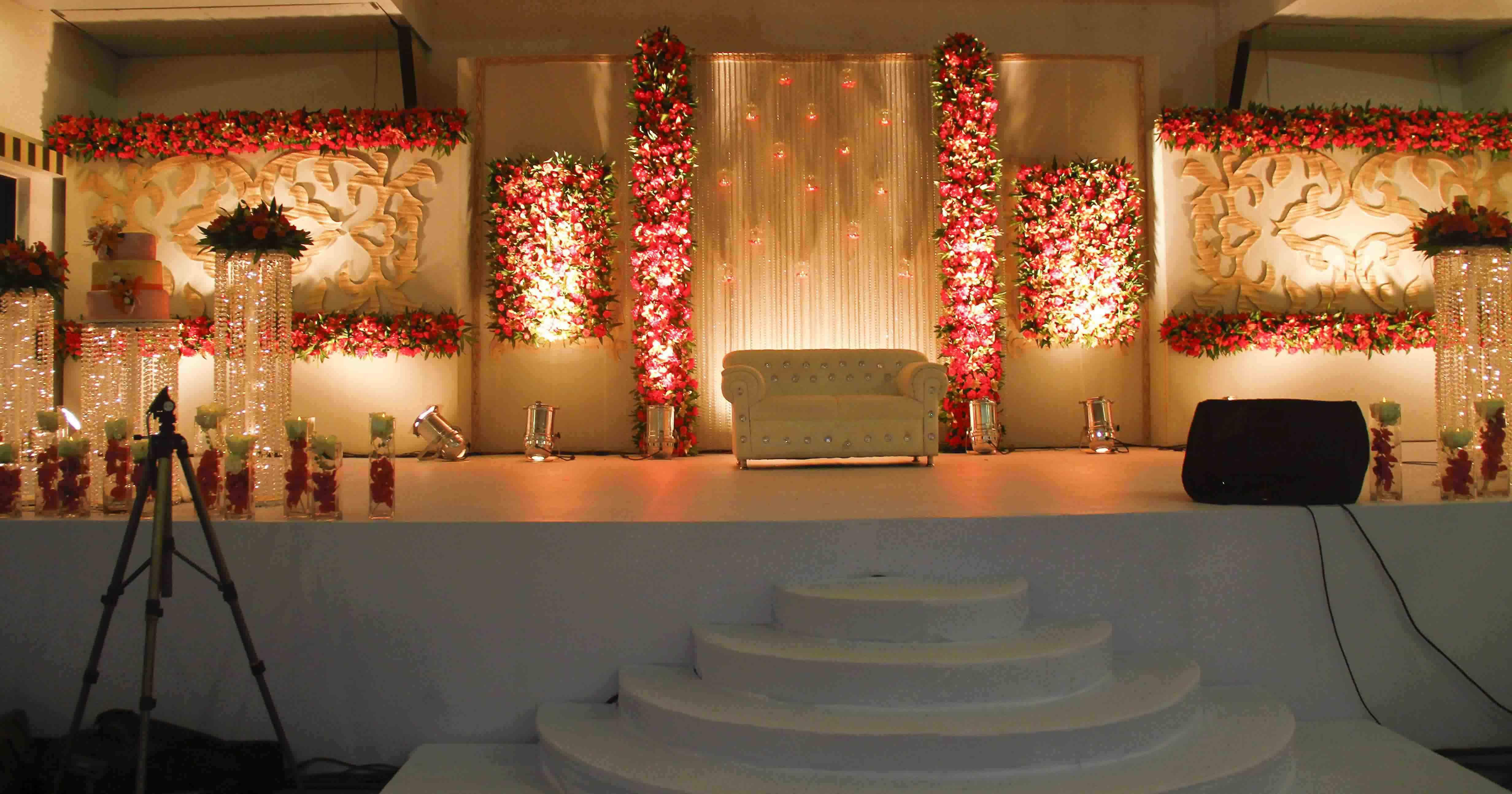 Best of stage decorations for wedding in kerala wedding kerala wedding bedroom decoration ideas junglespirit Image collections