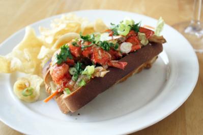 Sichuan Flvored Lobster Roll