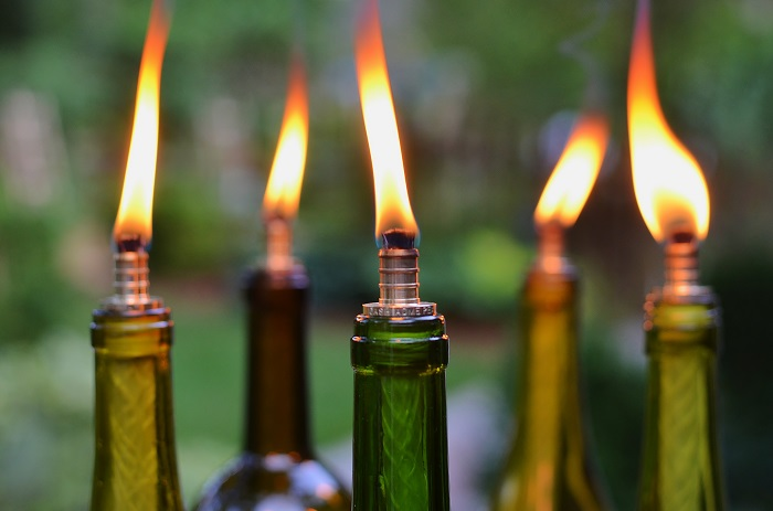 12 Wine Bottle Tiki Torch Diys Inhabit Zone
