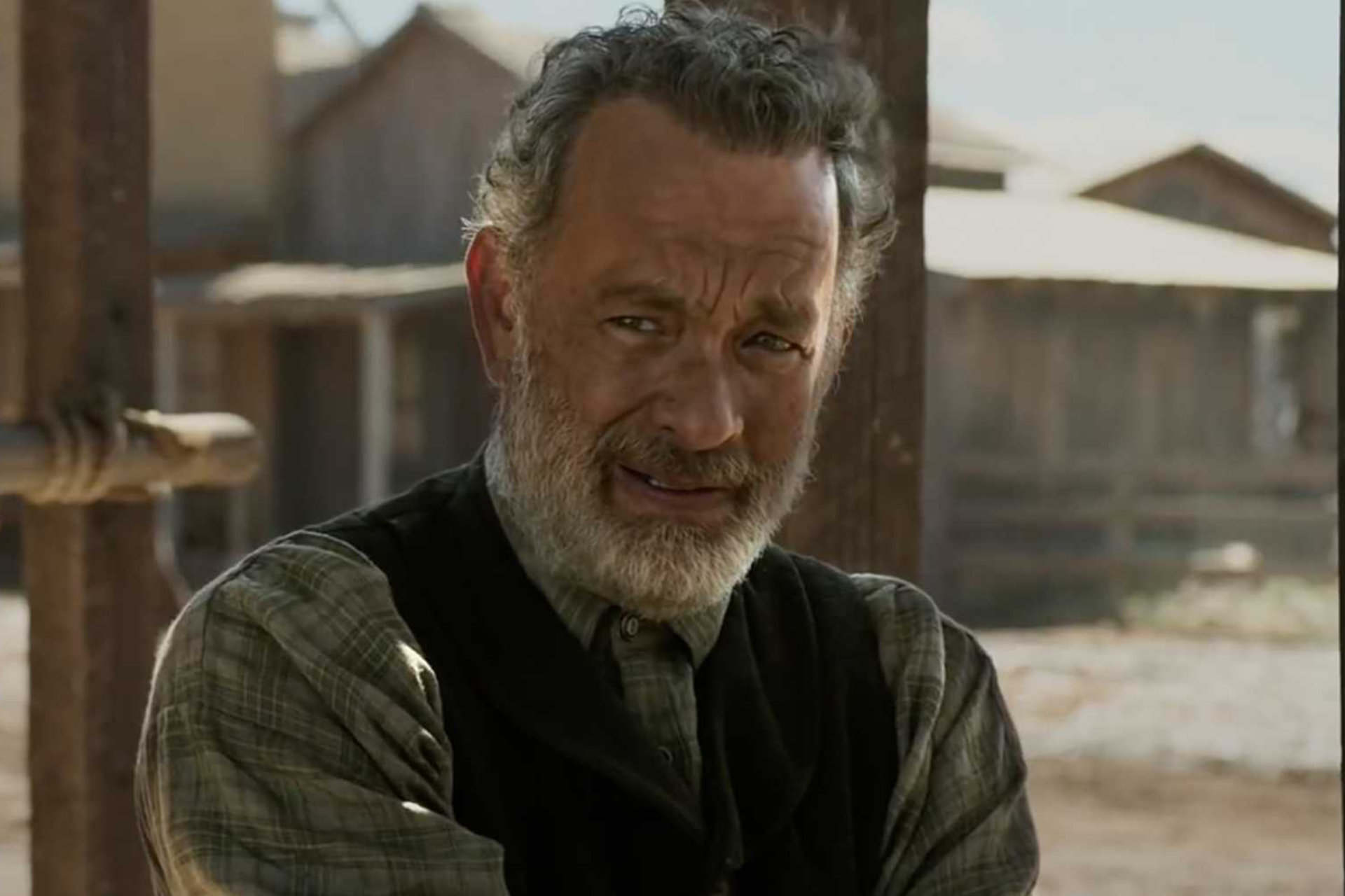Watch Tom Hanks Brave The Old West In The News Of The World Trailer
