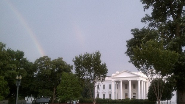 white-house-rainbow-bkgunner