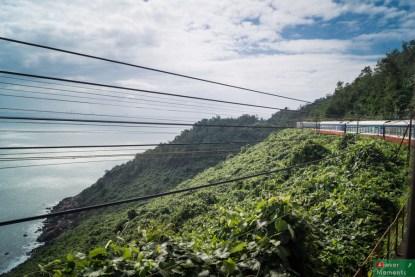 Widok z pociągu do Hue