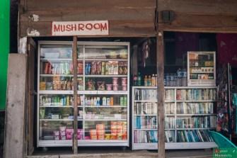 Grzyby można kupić tu w każdym sklepie czy restauracji i nie mówimy o pieczarkach ;)