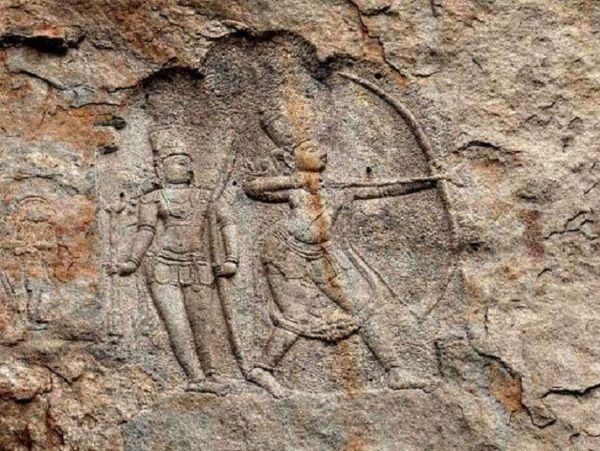 Esculturas talladas en roca halladas en Hampi, India.