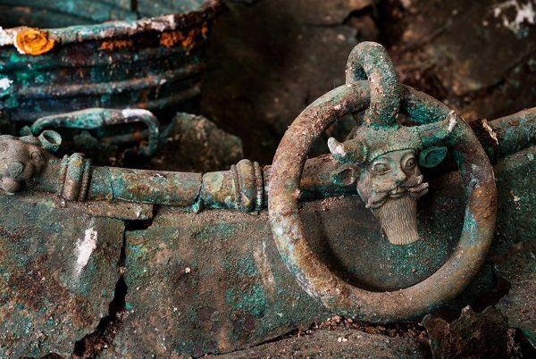 Caldero perteneciente al Príncipe de Laveau. Siglo V a.C. Crédito:  Denis Gliksman / Inrap