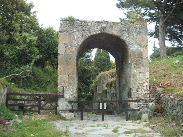 Porta Nola, en Pompeya. Crédito: Wikimedia Commons.