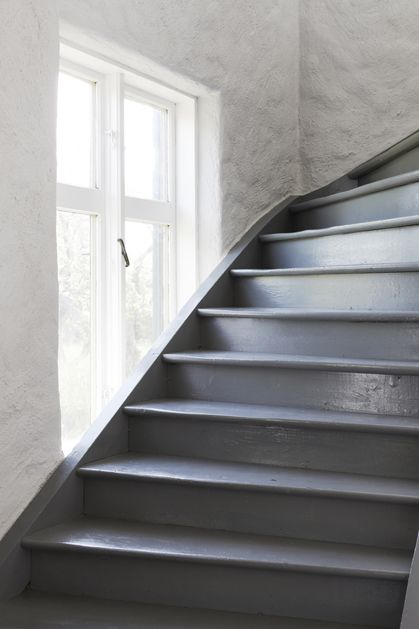 Escalier Repeint En Gris Painted Stairs – Red House West