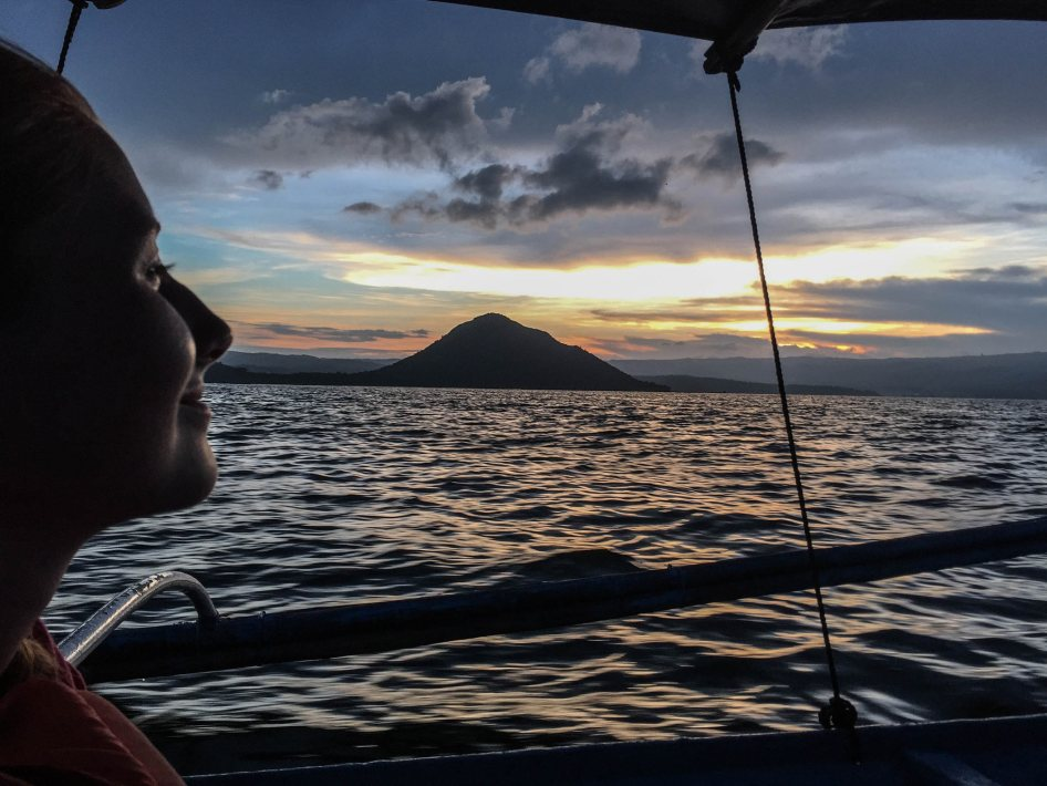 boat-trip-from-taal-volcano