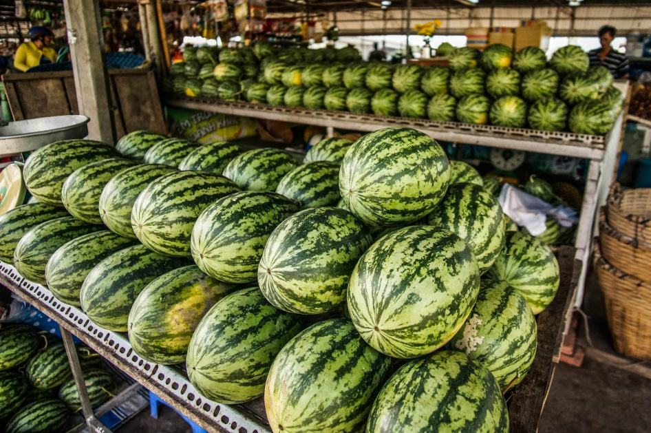 market_watermelon_can_tho