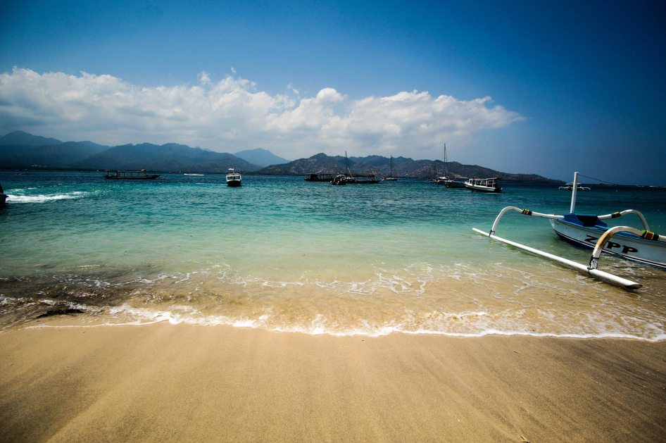 beach-life-gili-air