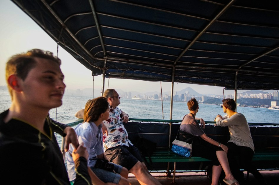 boat-trip-to-fish-market-hk
