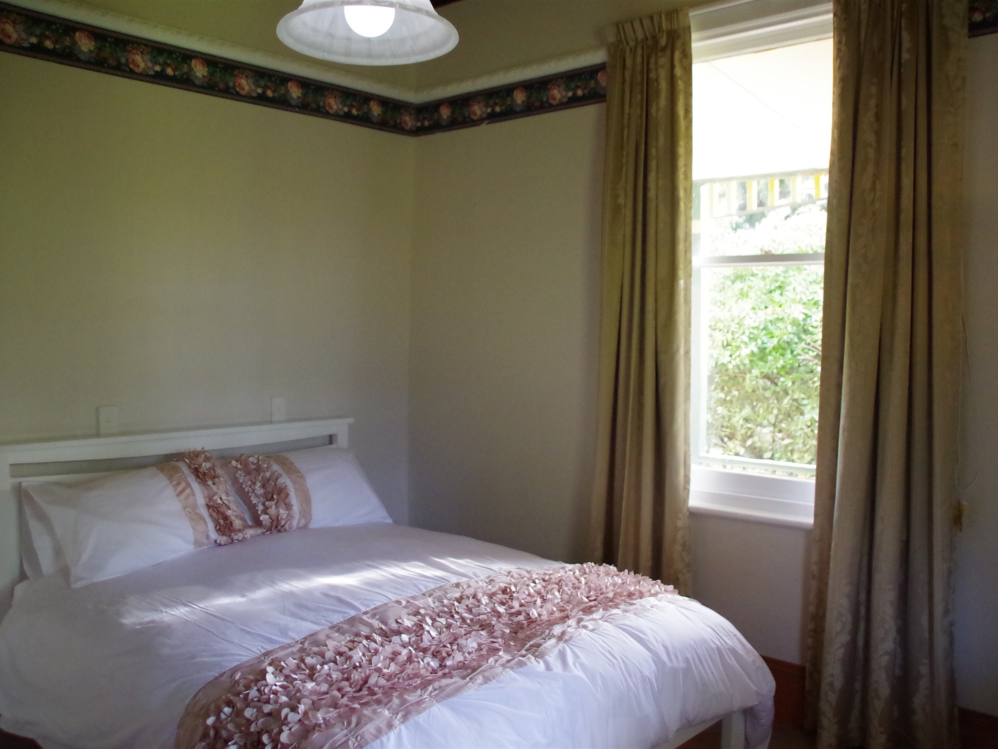 Bed And Breakfast Kettering The Lotus Eaters Cafe Rediscover Tasmania