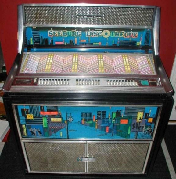 Seeburg Fleetwood Jukebox, 1965 Model (source: http://bit.ly/1dR69TV)