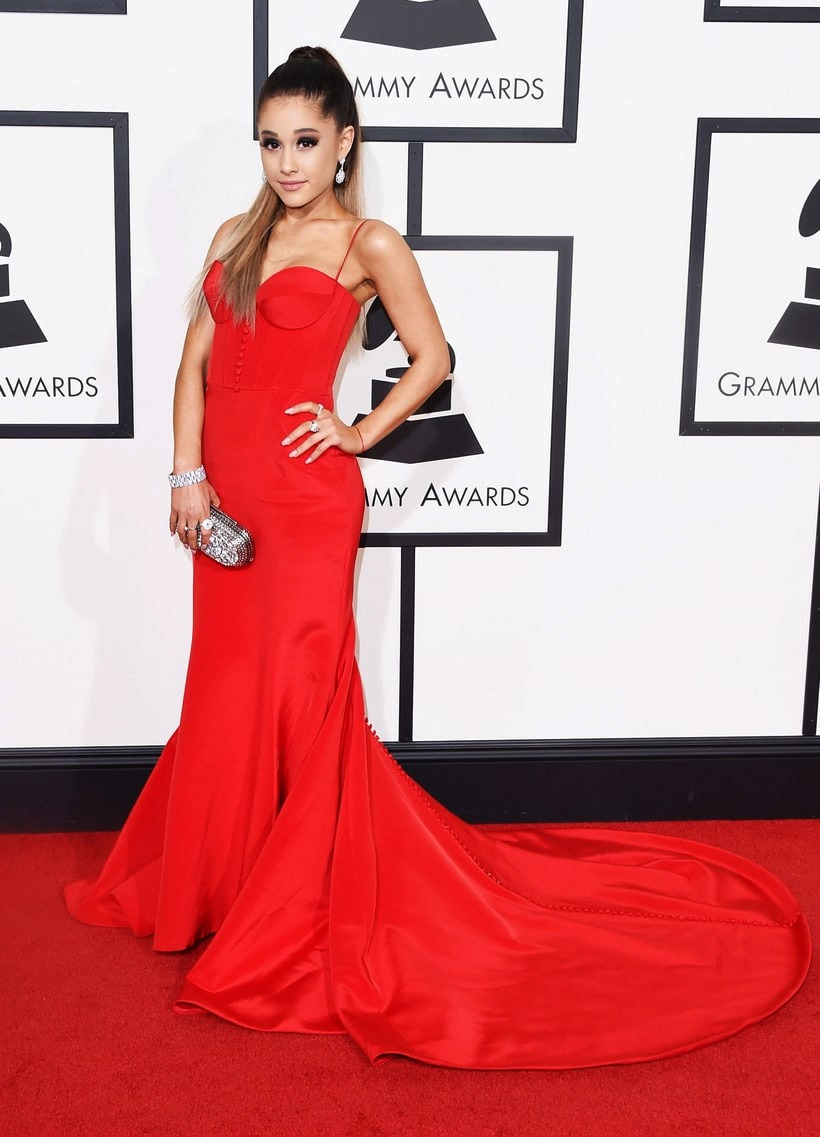Tappeto Rosso Grande Ariana Grande 2016 Grammy Awards Red Carpet Reel Life With Jane