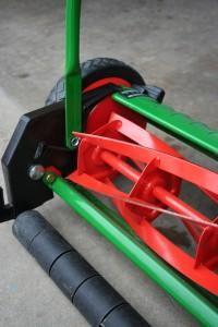 cleanairgardening_2064_19193216 blades 2