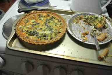I made a couple of Quiches...and no...I'm not YOLKing!  :P