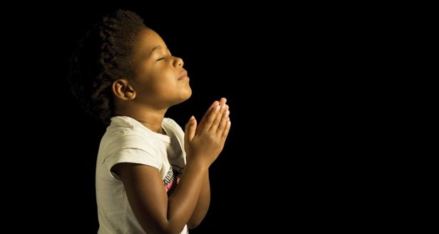 Indian Sad Girl Wallpaper 3 Simple Ways To Teach Kids To Pray Refreshed Magazine