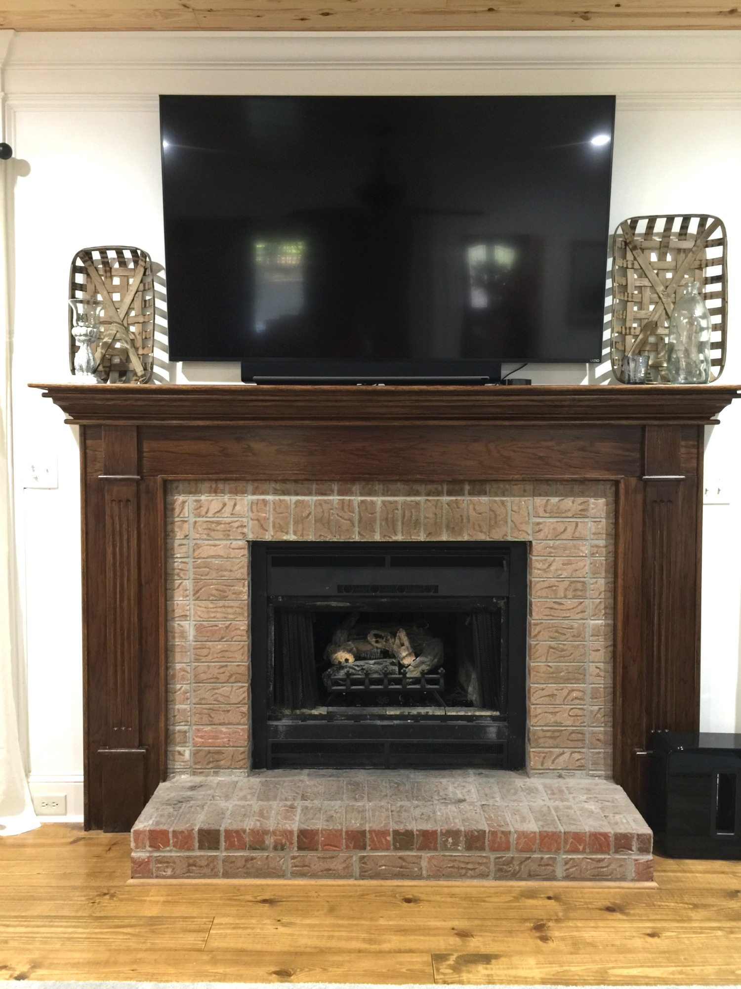 Brick Fireplace Wood Mantel Got Ugly Brick How To Paint Fireplace Mantel
