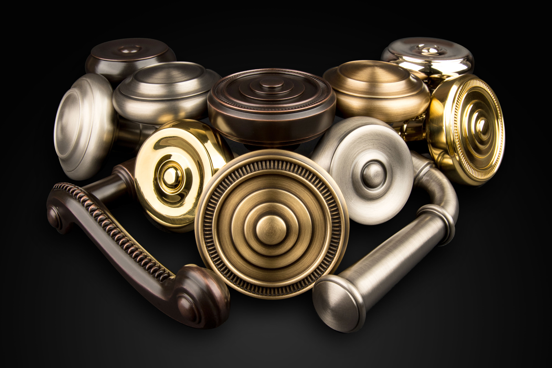 Vintage Metallregal Regal Brands – High-quality, Decorative Hardware Brands.