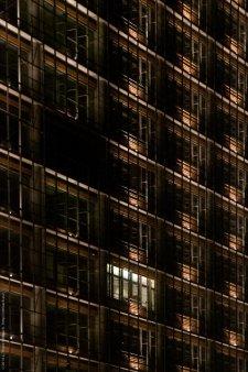debis-Haus am Potsdamer Platz bei Nacht