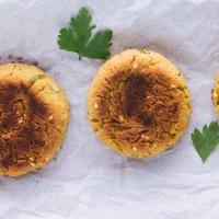 Falafel de Forno com Maionese Verde