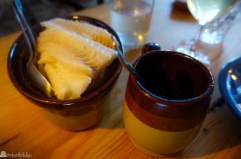 Kokt, fermentert torsk og kokte poteter på Ræst_