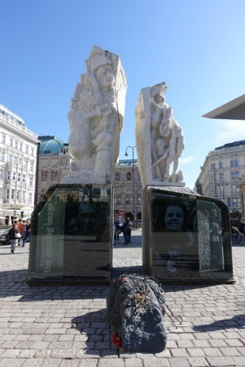 Albertina Square, Wien