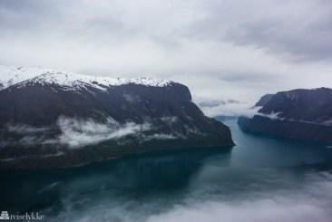 Utsikt over Aurlandsfjorden fra Stegastein