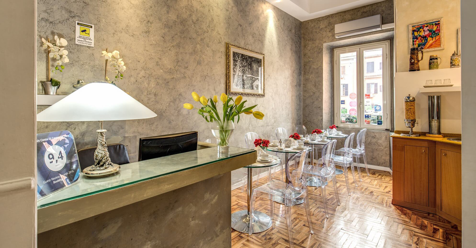 B&b Luxe Relais Conte Di Cavour Rome Official Website Stylish Budget