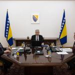Članovi Predsjedništva imaju sedam puta veću plaću od prosječne u BiH