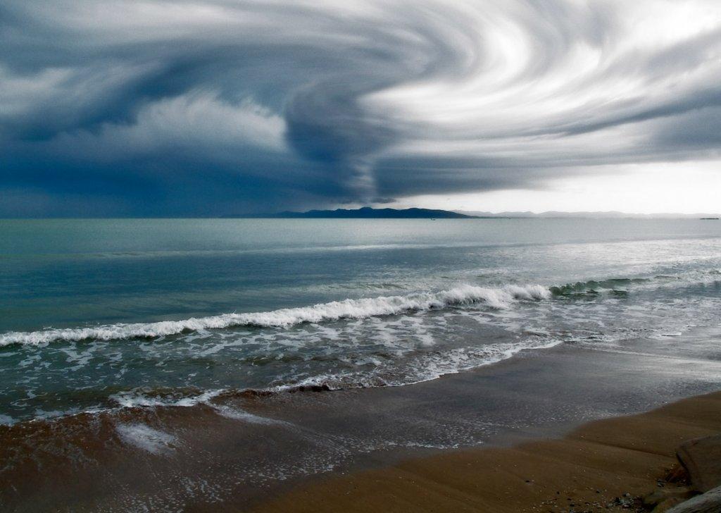 Hd Wallpaper Sea Beach Lazy Rainy Day At Beach House Audio Atmosphere