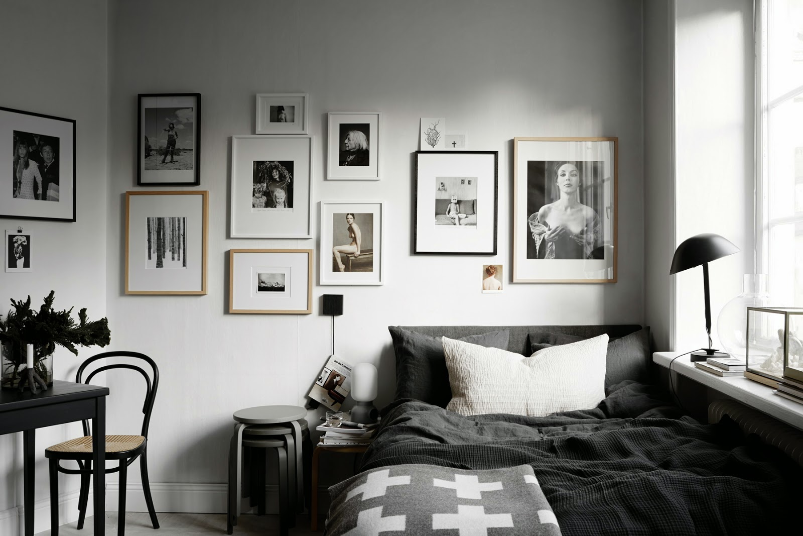 Black And White Bedroom Wall Decor Scandinavian Decor Trend Get Inspired Reliable Remodeler
