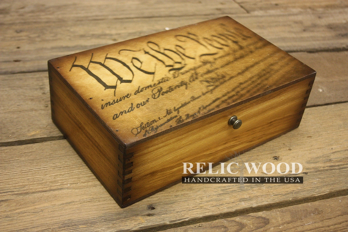Kisten Aus Holz We The People Constitution Medium Wood Box
