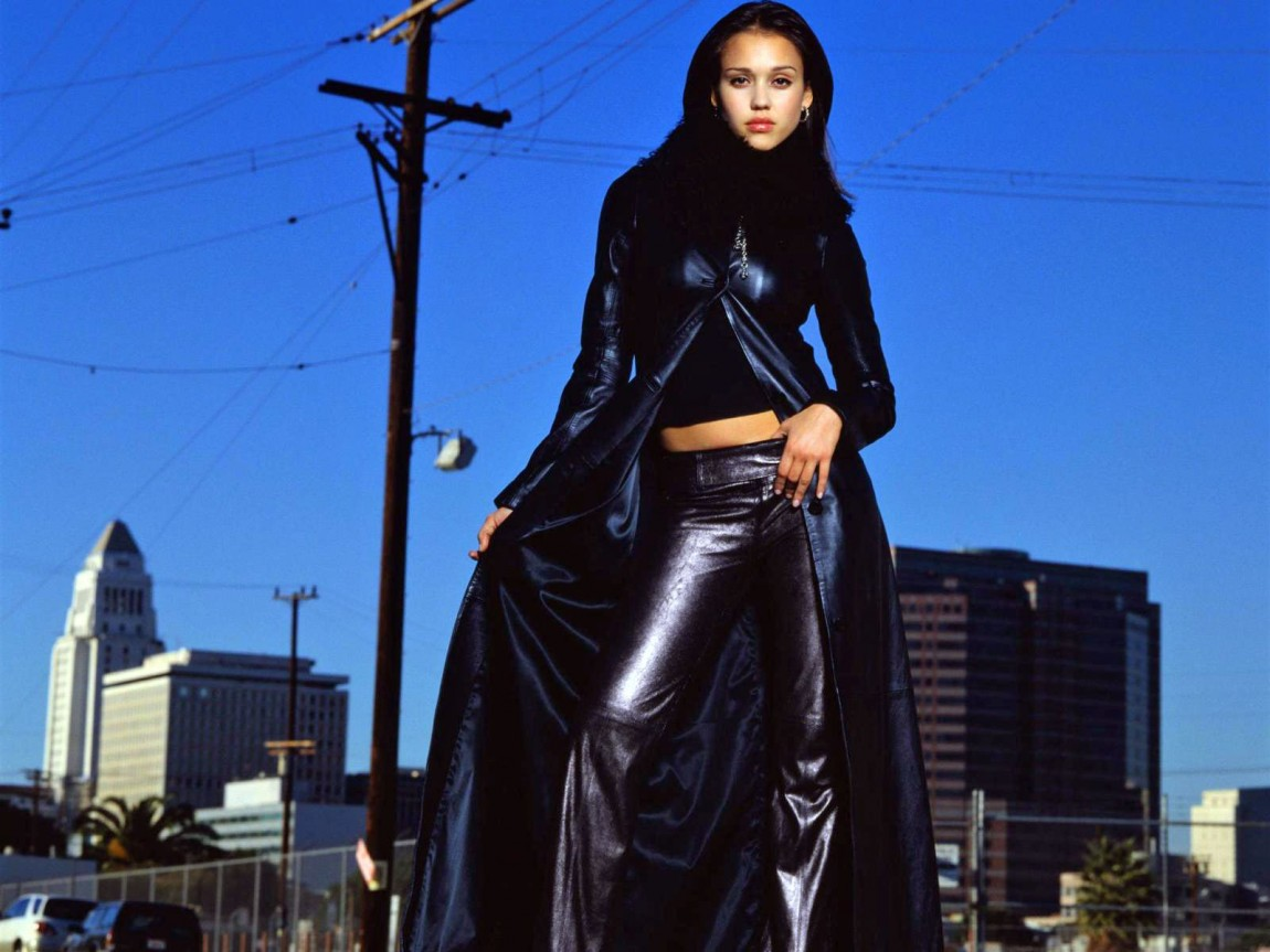 Breaking Bad Quotes Wallpaper Relive Jessica Alba S Y2k Pleather Outfits In Dark Angel