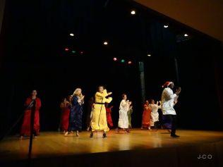 11 danse des éducateurs (1)