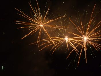 Feu d'artifice. (2)