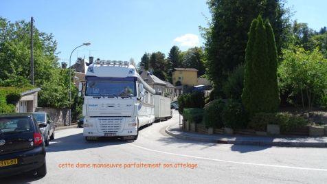 01 arrivée des camions spectacle aquatique (3)