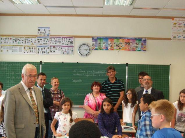 Rentrée scolaire dans le primaire 058
