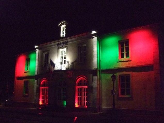 La mairie sous différentes couleurs (4)