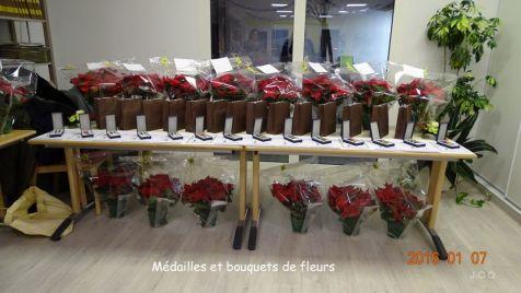 00 M+®dailles et bouquets