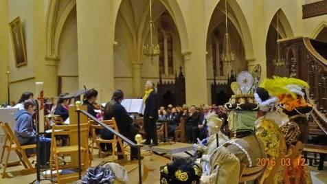 12 orchestre-costum+®s-public