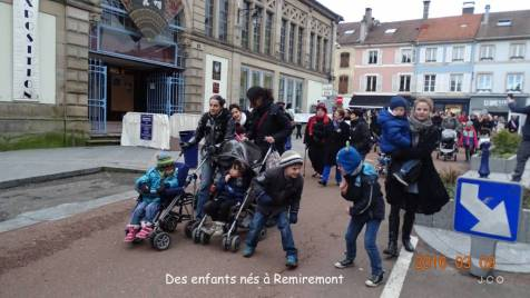 Manifestation Maintien Maternit+® +á Remiremonr (17)